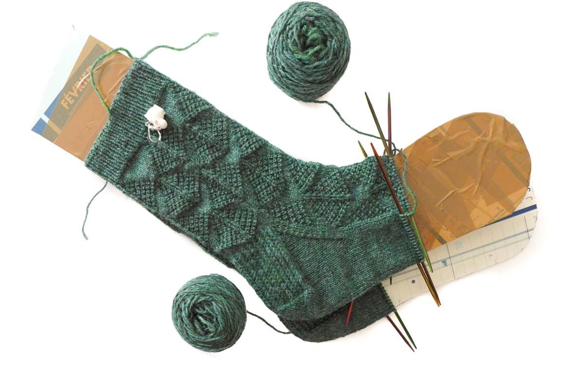 tricoter 2 bas en meme temps